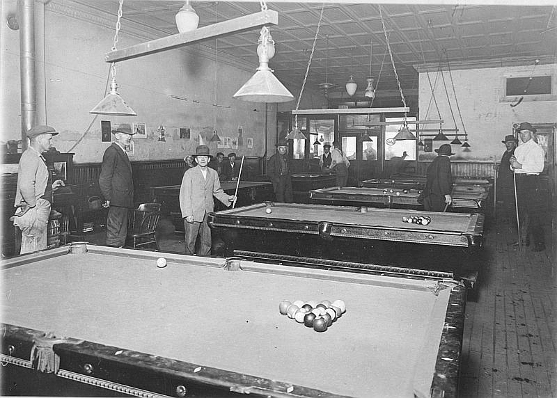 early-pool-hall